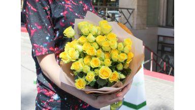 Букет из Кустовых роз #3
