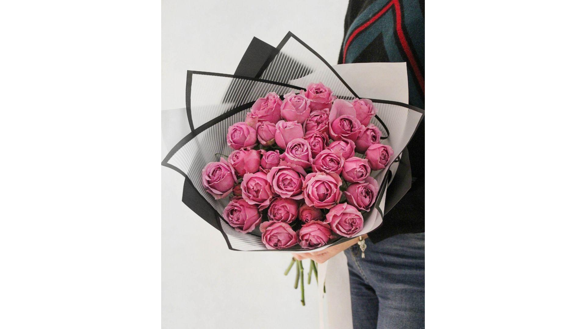 Пионовидные розы с оформлением #3