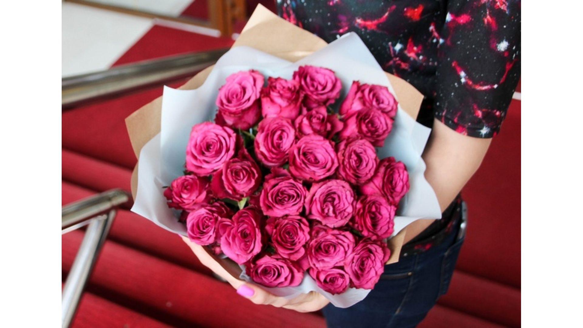21 роза, Кения